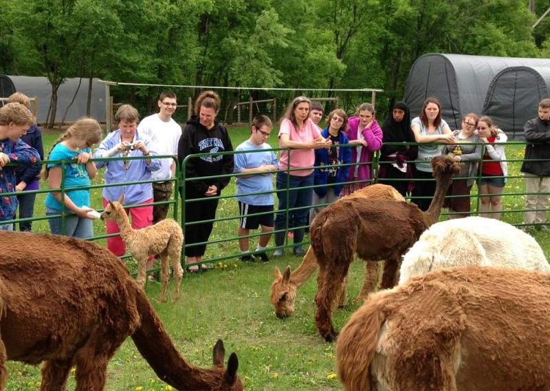 Tartan High School Kids Visit Drummond Farms